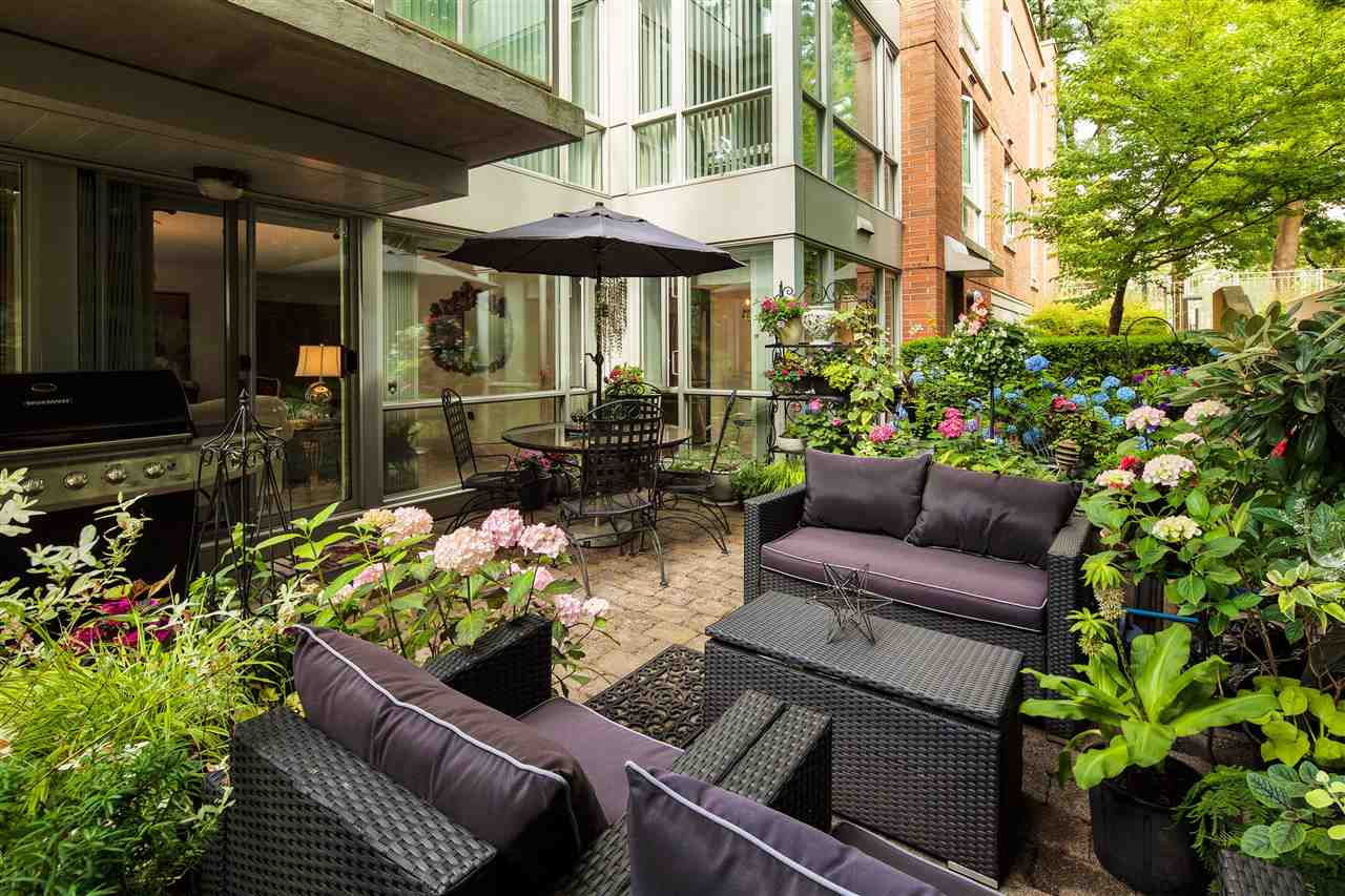 "Main Photo: 112 618 W 45TH Avenue in Vancouver: Oakridge VW Condo for sale in ""THE CONSERVATORY"" (Vancouver West)  : MLS(r) # R2188511"