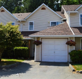 "Main Photo: 20 20699 120B Avenue in Maple Ridge: Northwest Maple Ridge Townhouse for sale in ""THE GATEWAY"" : MLS(r) # R2187925"