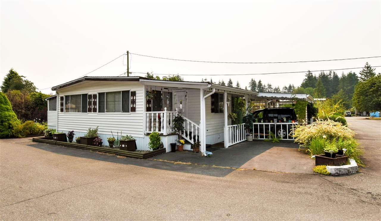 "Main Photo: 133 3031 200 Street in Langley: Brookswood Langley Manufactured Home for sale in ""Cedar Creek Estates"" : MLS® # R2194565"