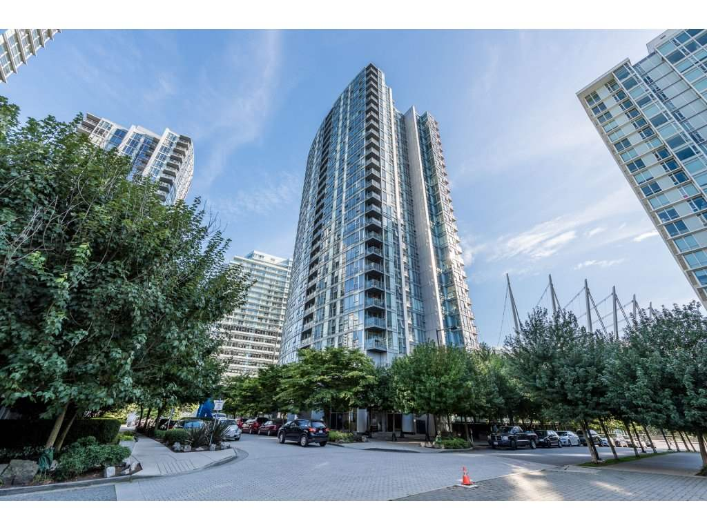 "Main Photo: 1009 668 CITADEL PARADE in Vancouver: Downtown VW Condo for sale in ""SPECTRUM 2"" (Vancouver West)  : MLS® # R2197367"