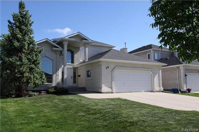 Main Photo: 39 Duncan Norrie Drive in Winnipeg: Linden Woods Residential for sale (1M)  : MLS® # 1721946