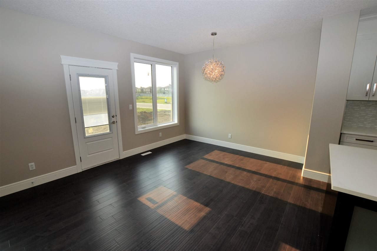 Photo 8: 4891 WRIGHT Drive in Edmonton: Zone 56 House for sale : MLS® # E4079766