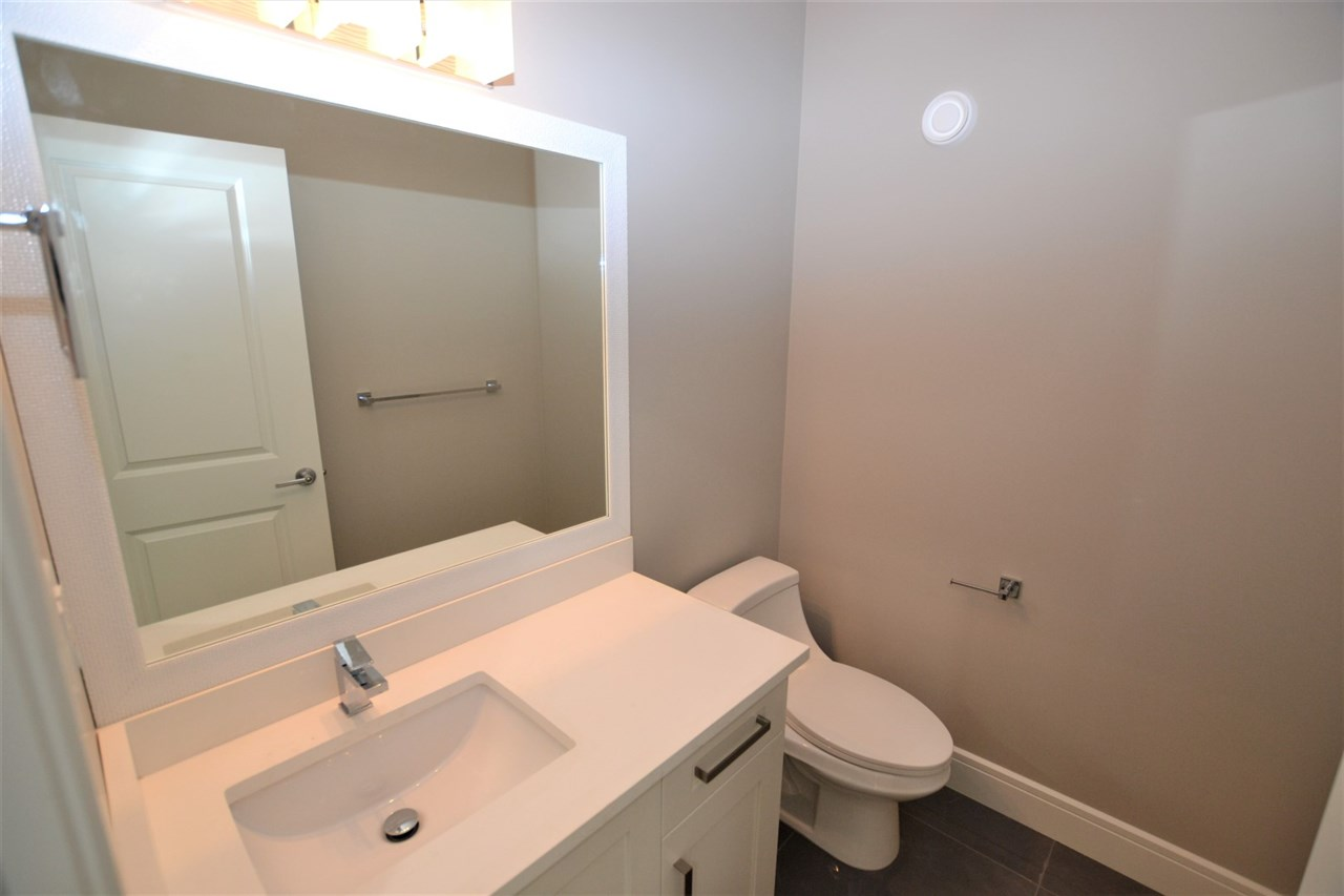 Photo 2: 4891 WRIGHT Drive in Edmonton: Zone 56 House for sale : MLS® # E4079766