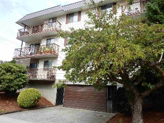 "Main Photo: 103 45749 SPADINA Avenue in Chilliwack: Chilliwack W Young-Well Condo for sale in ""CHILLIWACK GARDENS"" : MLS® # R2205908"