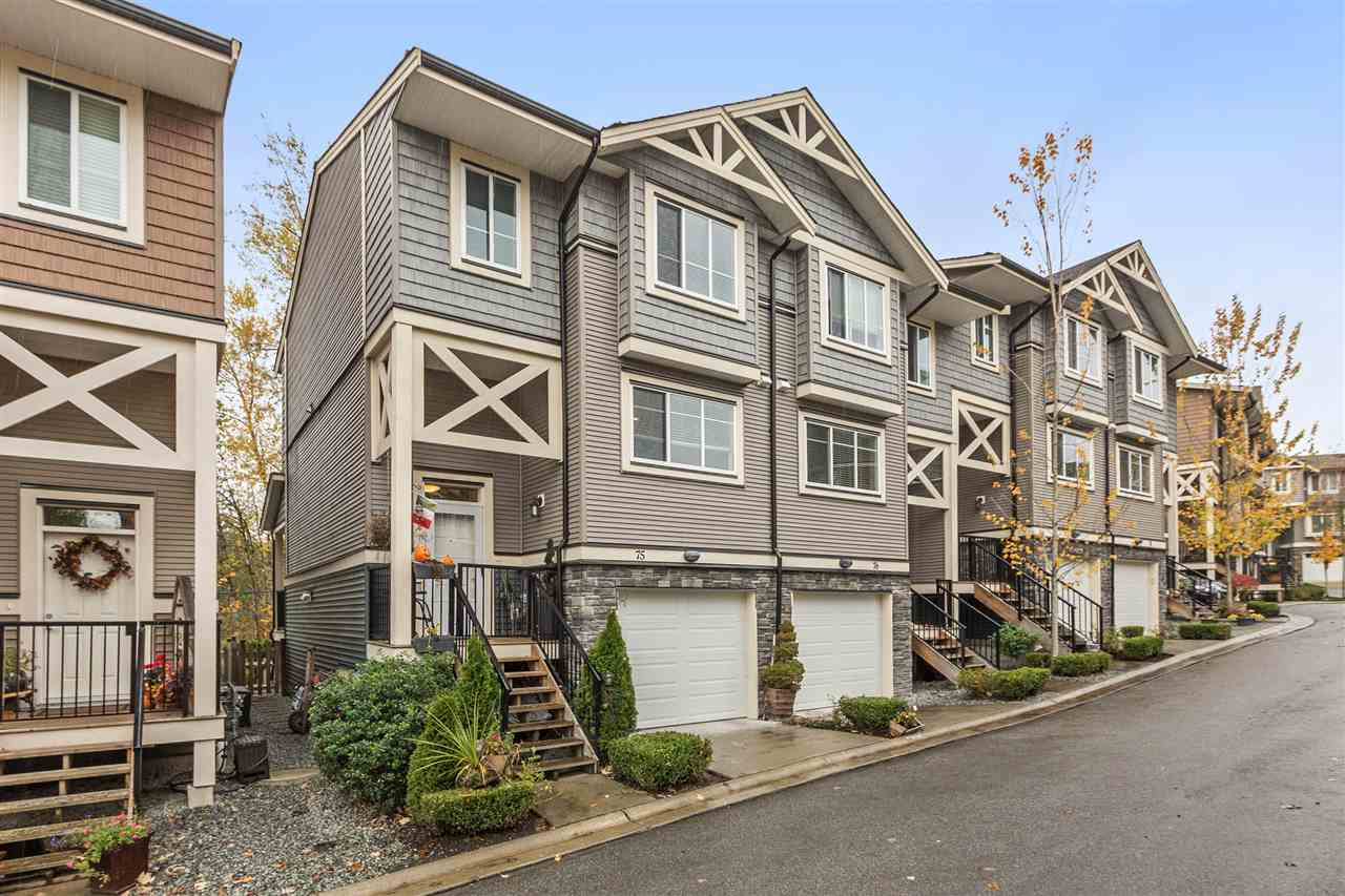 "Main Photo: 75 11252 COTTONWOOD Drive in Maple Ridge: Cottonwood MR Townhouse for sale in ""COTTONWOOD RIDGE"" : MLS® # R2208183"