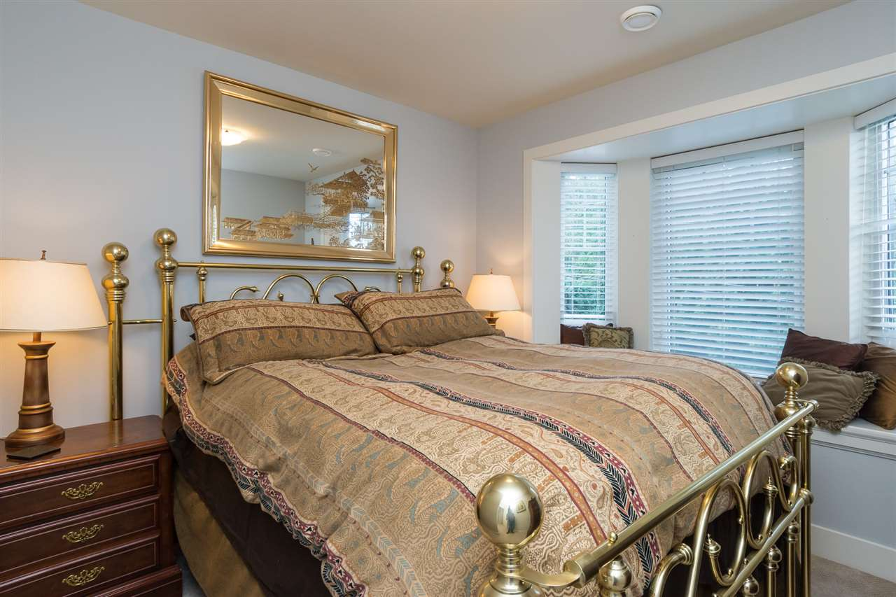 Photo 11: Photos: 2886 160 Street in Surrey: Grandview Surrey House for sale (South Surrey White Rock)  : MLS® # R2211135