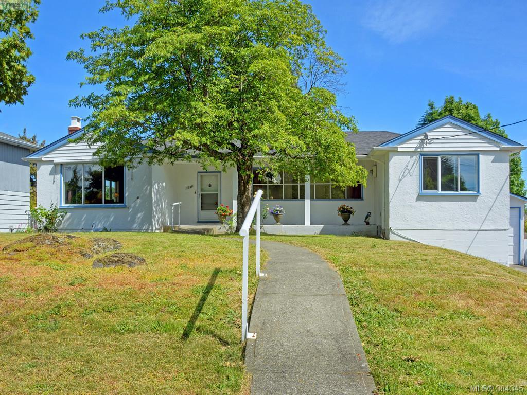 Main Photo: 3039 Balfour Avenue in VICTORIA: Vi Burnside Single Family Detached for sale (Victoria)  : MLS® # 384345