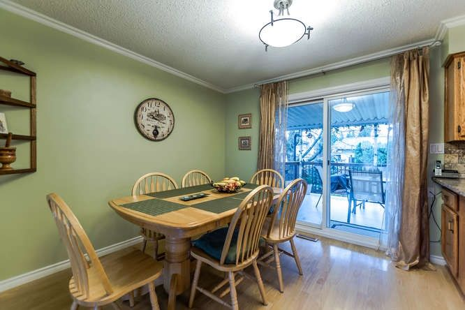 Photo 7: Photos: 21240 95 Avenue in Langley: Walnut Grove House for sale : MLS® # R2225319