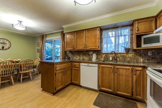 Photo 6: Photos: 21240 95 Avenue in Langley: Walnut Grove House for sale : MLS® # R2225319