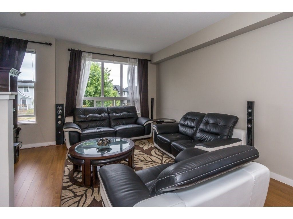 "Photo 6: Photos: 29 7938 209 Street in Langley: Willoughby Heights Townhouse for sale in ""Red Maple Park"" : MLS® # R2229002"