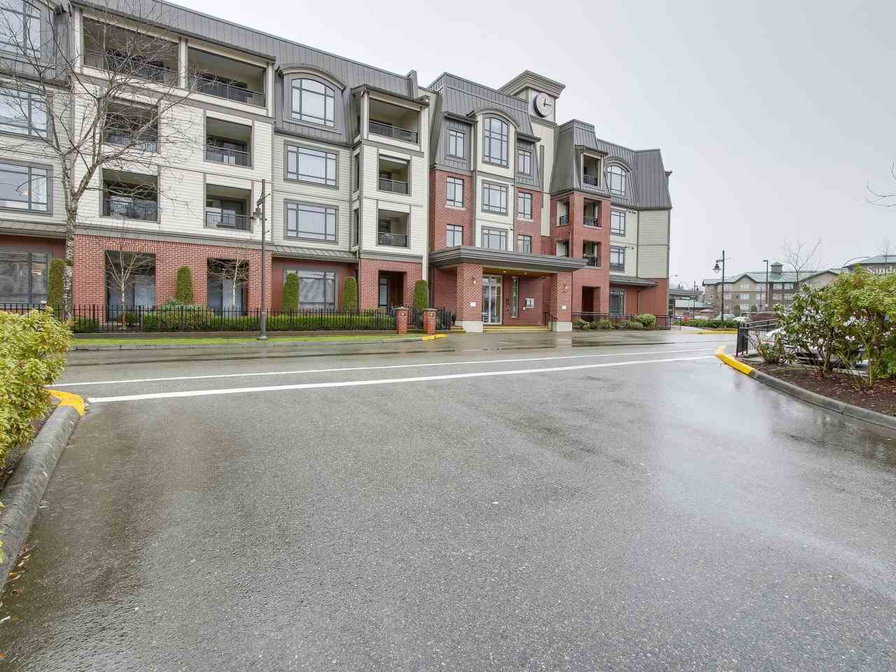 Photo 2: Photos: 226 8880 202 Street in Langley: Walnut Grove Condo for sale : MLS® # R2234850