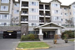 "Main Photo: 305 19673 MEADOW GARDENS Way in Pitt Meadows: North Meadows PI Condo for sale in ""THE FAIRWAYS"" : MLS® # R2237008"