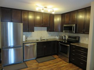 Main Photo:  in Edmonton: Zone 14 Condo for sale : MLS® # E4097728