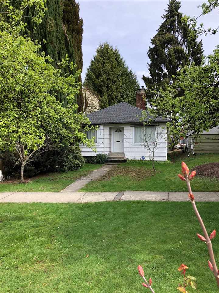 Main Photo: 3948 NOOTKA Street in Vancouver: Renfrew Heights House for sale (Vancouver East)  : MLS®# R2257460