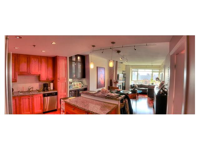 Photo 3: DOWNTOWN Condo for sale : 2 bedrooms : 700 W Harbor Drive #806 in San Diego