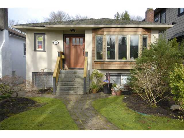Main Photo: 2741 W 14TH Avenue in Vancouver: Kitsilano House for sale (Vancouver West)  : MLS® # V997170