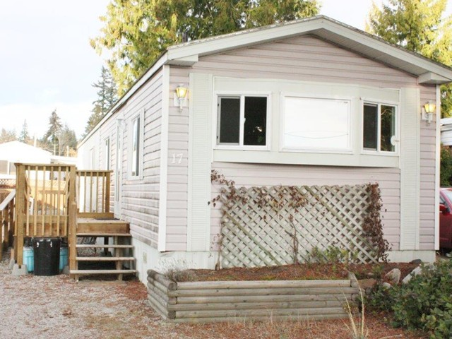 Main Photo: 17 5575 MASON Road in Sechelt: Sechelt District Manufactured Home for sale (Sunshine Coast)  : MLS®# V1038390