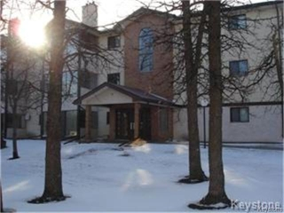 Main Photo: 693 St Annes Road in WINNIPEG: St Vital Condominium for sale (South East Winnipeg)  : MLS® # 1400936