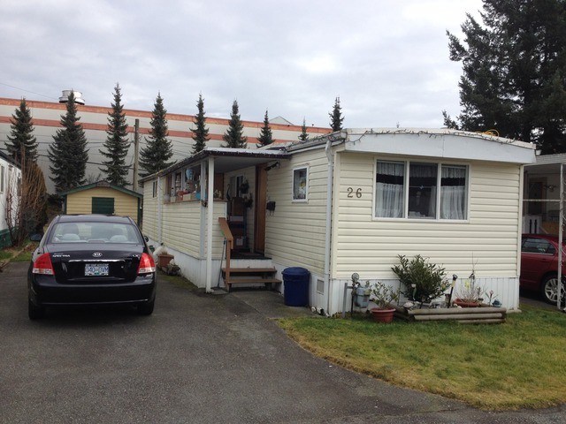 "Photo 1: Photos: 26 21163 W LOUGHEED Highway in Maple Ridge: Southwest Maple Ridge Manufactured Home for sale in ""VAL MARIE MOBILE HOME PARK"" : MLS® # V1045935"