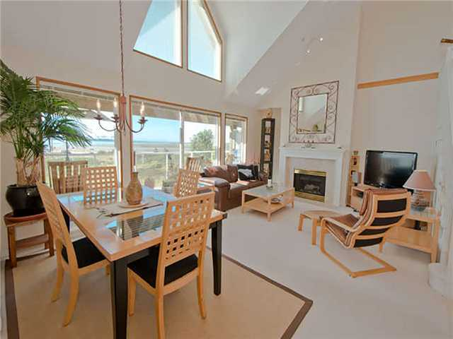"Main Photo: 415 1120 TSATSU SHORES Drive in Tsawwassen: English Bluff Condo for sale in ""TSATSU SHORES"" : MLS®# V1054329"