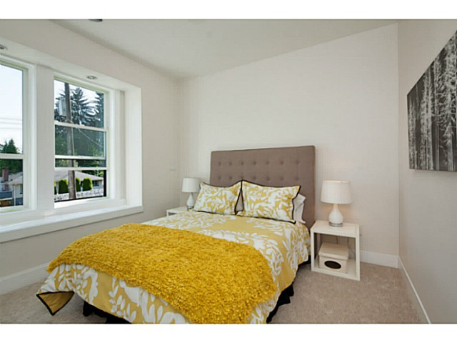 Photo 17: 1136 RONAYNE Road in North Vancouver: Lynn Valley House for sale : MLS® # V1122985