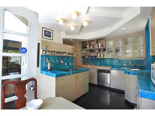 Photo 6: 2590 2ND Ave W in Vancouver West: Kitsilano Home for sale ()  : MLS(r) # V950233