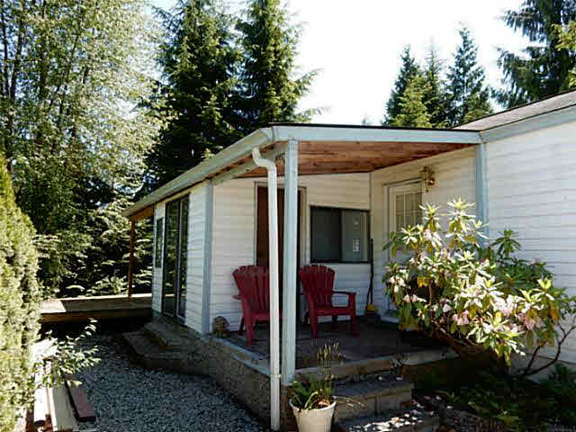 "Photo 11: 56 2170 PORT MELLON Highway in Gibsons: Gibsons & Area Manufactured Home for sale in ""Langdale Heights RV Park & Par 3 Golf Resort"" (Sunshine Coast)  : MLS(r) # V1134753"