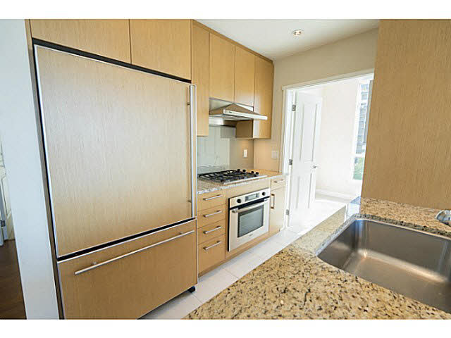 "Photo 9: 801 1333 W 11TH Avenue in Vancouver: Fairview VW Condo for sale in ""SAKURA"" (Vancouver West)  : MLS(r) # V1142864"