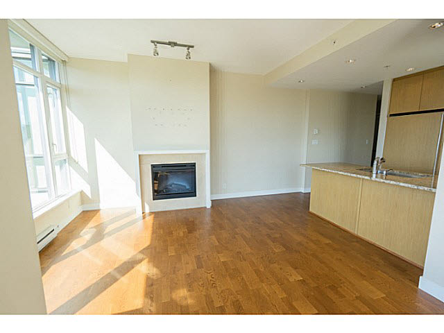 "Photo 5: 801 1333 W 11TH Avenue in Vancouver: Fairview VW Condo for sale in ""SAKURA"" (Vancouver West)  : MLS(r) # V1142864"