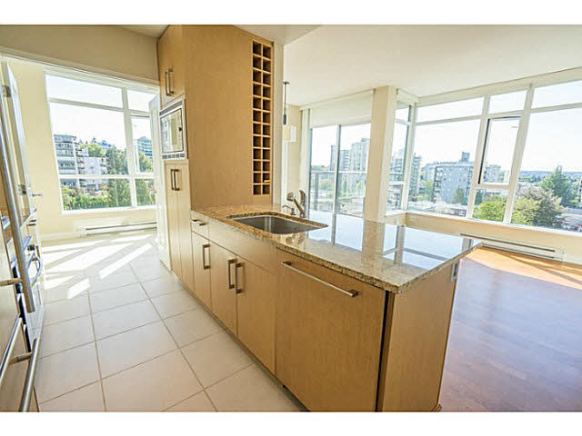 "Photo 7: 801 1333 W 11TH Avenue in Vancouver: Fairview VW Condo for sale in ""SAKURA"" (Vancouver West)  : MLS(r) # V1142864"