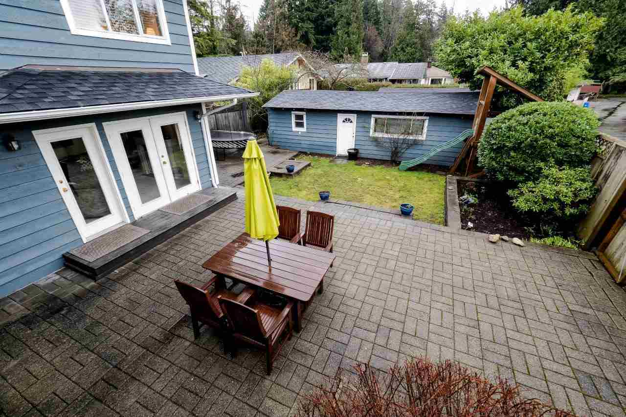 Photo 17: 2870 LYNDENE Road in North Vancouver: Capilano NV House for sale : MLS® # R2034832