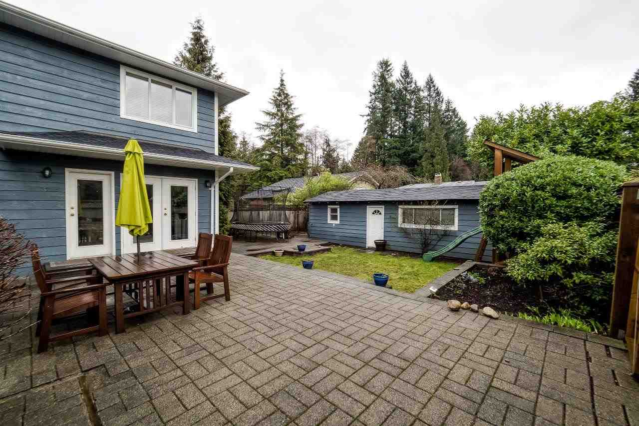 Photo 19: 2870 LYNDENE Road in North Vancouver: Capilano NV House for sale : MLS® # R2034832