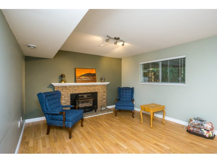 Photo 31: 7757 143 Street in Surrey: East Newton House for sale : MLS(r) # R2037057