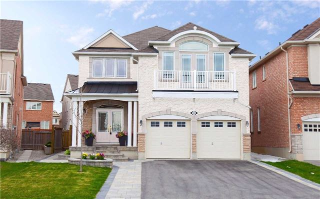 Main Photo: 7294 Saint Barbara Boulevard in Mississauga: Meadowvale Village House (2-Storey) for sale : MLS(r) # W3484656
