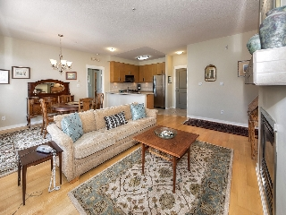 "Main Photo: 302 1706 56 Street in Delta: Beach Grove Condo for sale in ""HERON COVE"" (Tsawwassen)  : MLS® # R2082685"