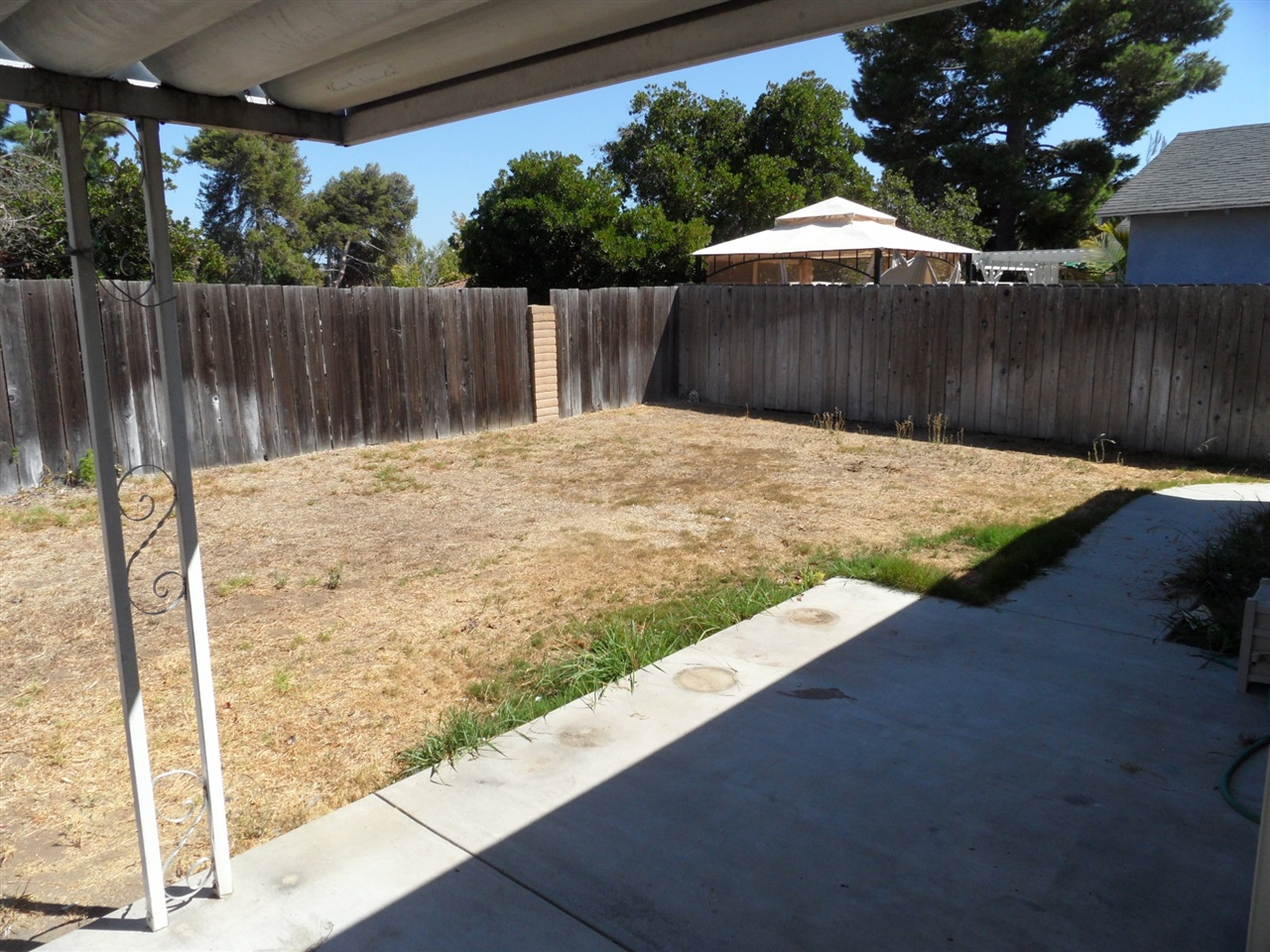 Photo 16: MIRA MESA House for sale : 3 bedrooms : 10931 Worthing Ave in San Diego