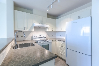 Main Photo: 709 2799 YEW Street in Vancouver: Kitsilano Condo for sale (Vancouver West)  : MLS(r) # R2122794