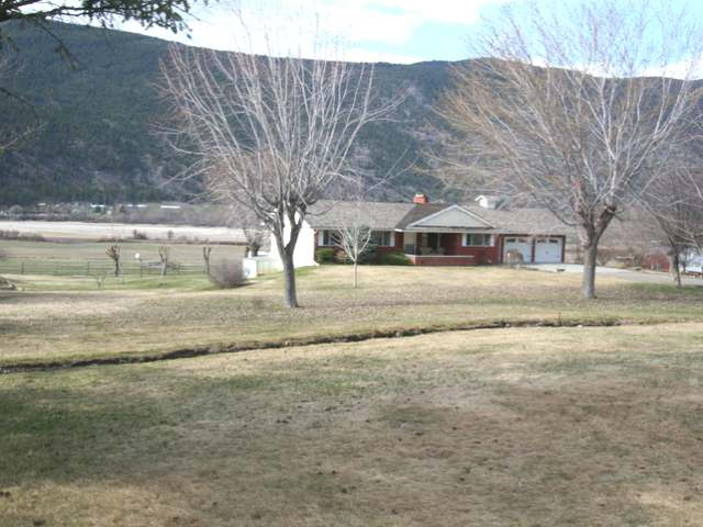 Main Photo: 8549 YELLOWHEAD HIGHWAY in : Heffley House for sale (Kamloops)  : MLS® # 138110