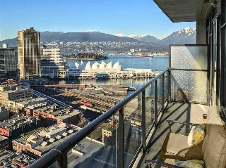 "Main Photo: PH8 108 W CORDOVA Street in Vancouver: Downtown VW Condo for sale in ""Woodwards W32"" (Vancouver West)  : MLS(r) # R2131580"