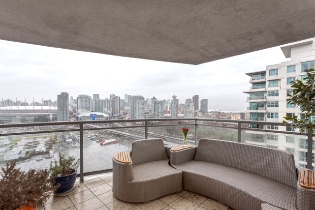 "Photo 7: 1906 120 MILROSS Avenue in Vancouver: Mount Pleasant VE Condo for sale in ""BRIGHTON"" (Vancouver East)  : MLS(r) # R2132361"