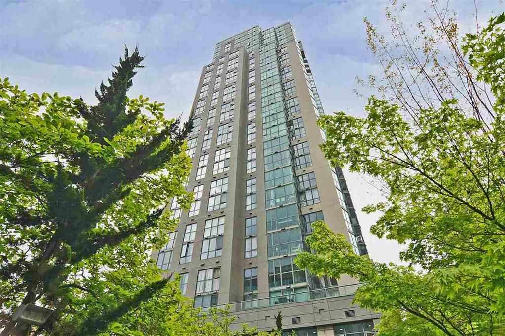 "Main Photo: 1106 1188 HOWE Street in Vancouver: Downtown VW Condo for sale in ""1188 HOWE"" (Vancouver West)  : MLS®# R2137577"