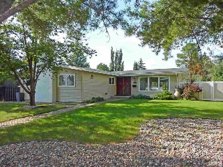 Main Photo: 13004 66 Avenue in Edmonton: Zone 15 House for sale : MLS(r) # E4051118