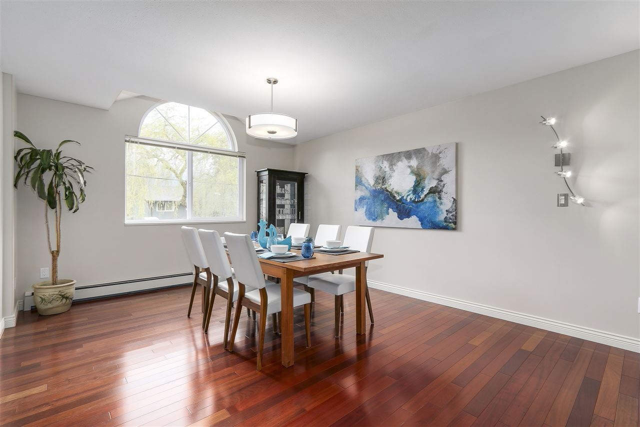 Photo 5: 4135 GOLF Drive in North Vancouver: Dollarton House for sale : MLS® # R2166776