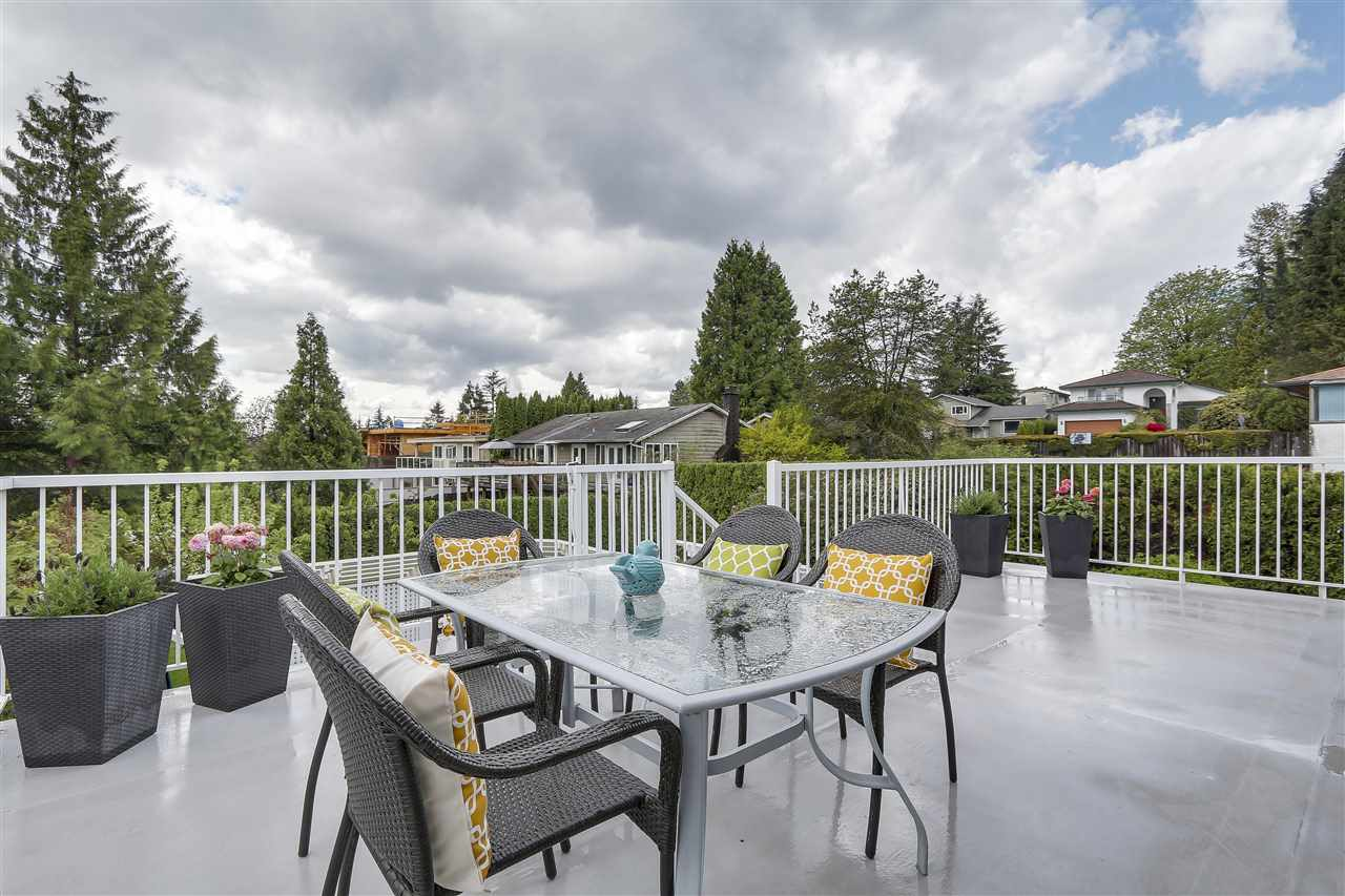 Photo 12: 4135 GOLF Drive in North Vancouver: Dollarton House for sale : MLS® # R2166776