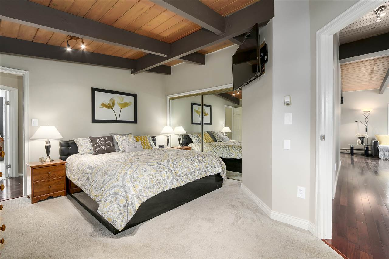 Photo 13: 4135 GOLF Drive in North Vancouver: Dollarton House for sale : MLS® # R2166776