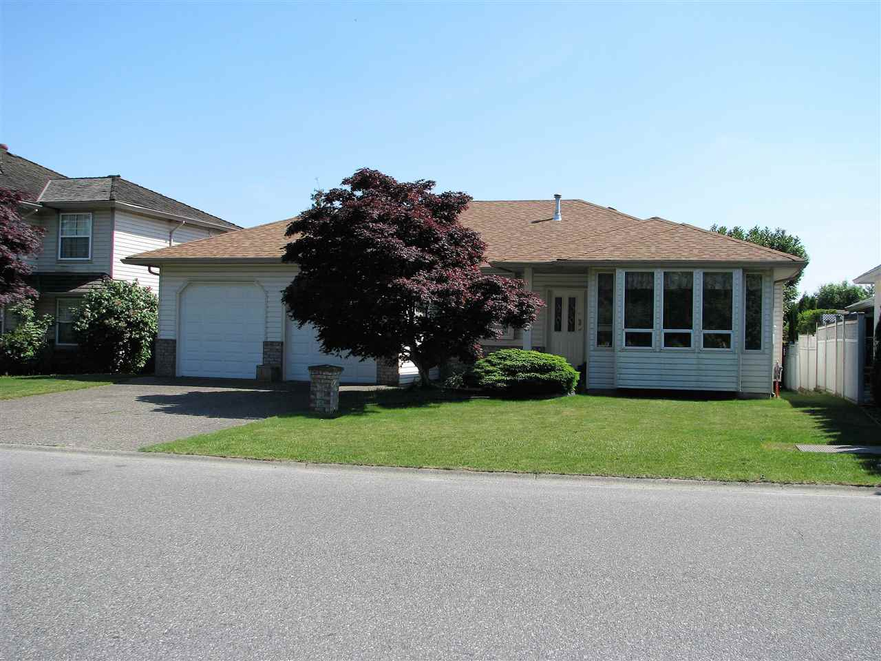 Main Photo: 31104 UPPER MACLURE Road in Abbotsford: Abbotsford West House for sale : MLS® # R2172138