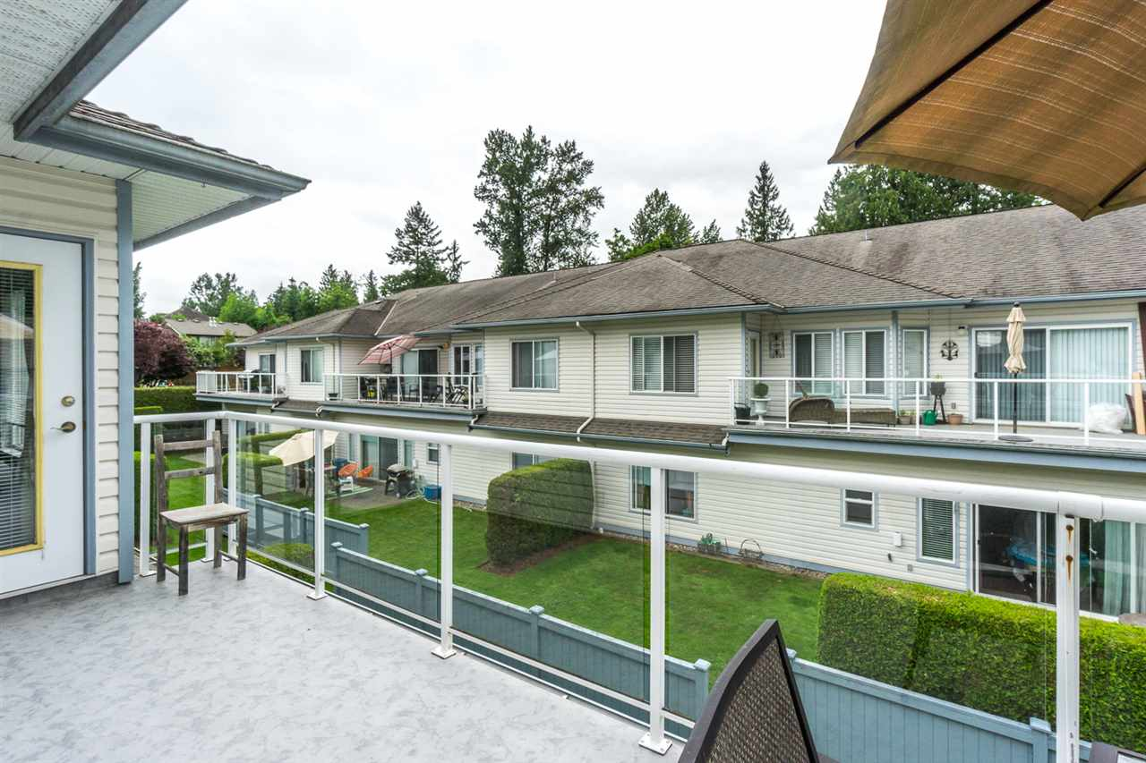 "Photo 18: 11 21579 88B Avenue in Langley: Walnut Grove Townhouse for sale in ""CARRIAGE PARK"" : MLS(r) # R2177393"