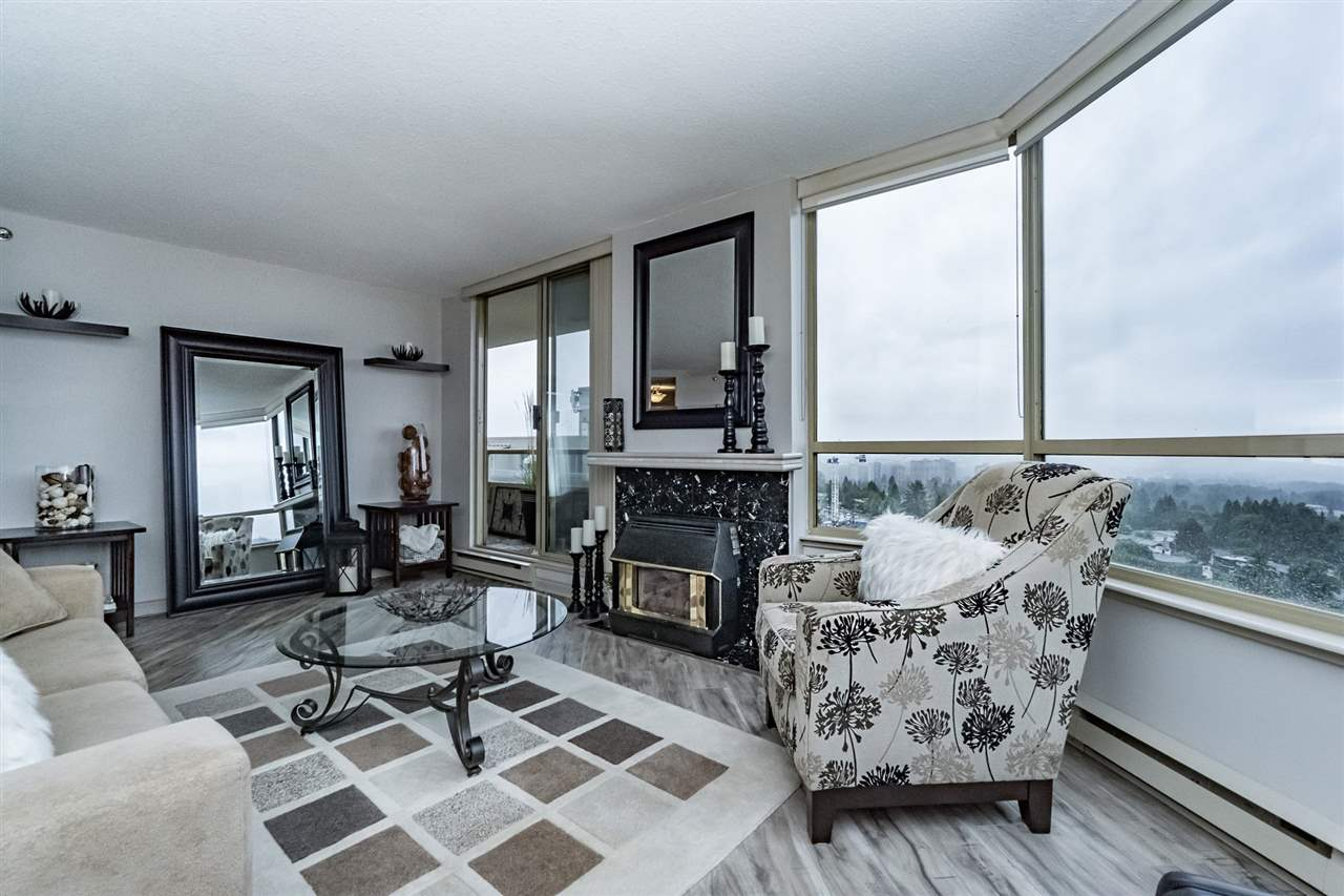 "Photo 5: 1604 738 FARROW Street in Coquitlam: Coquitlam West Condo for sale in ""THE VICTORIA"" : MLS® # R2178459"