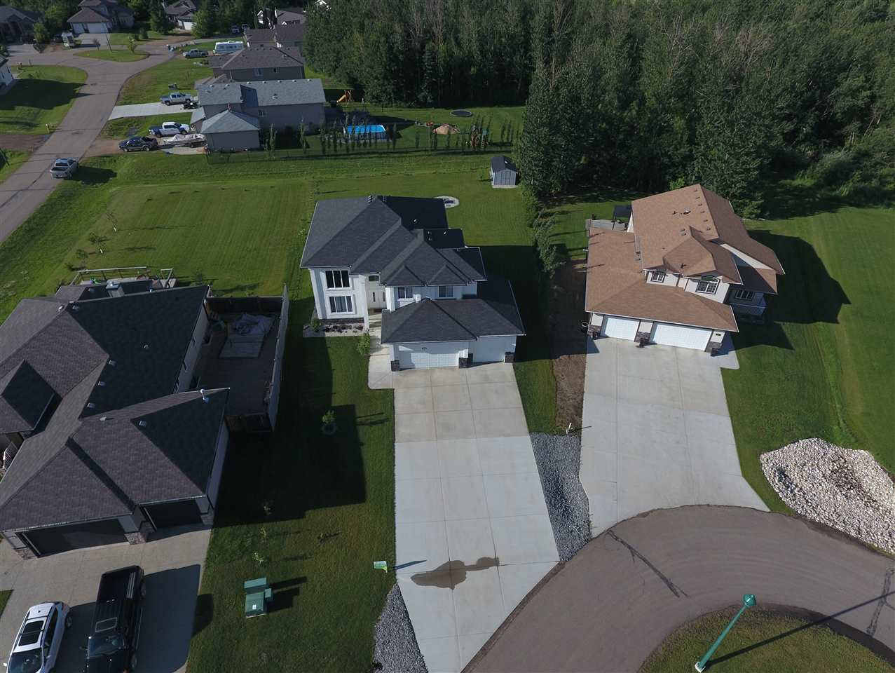 Photo 2: 26 Landing Trails Drive: Gibbons House for sale : MLS® # E4071691
