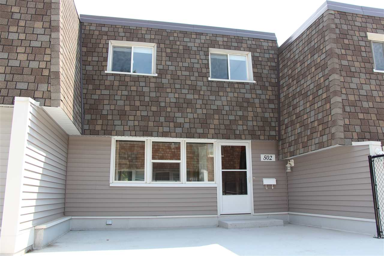 Main Photo: 502 Village on the Green in Edmonton: Zone 02 Townhouse for sale : MLS(r) # E4073063